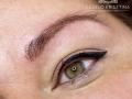 Gyógyúló szemhéj-kontúr tetoválás